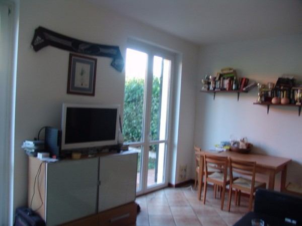 Bilocale Monvalle Via Piave 5