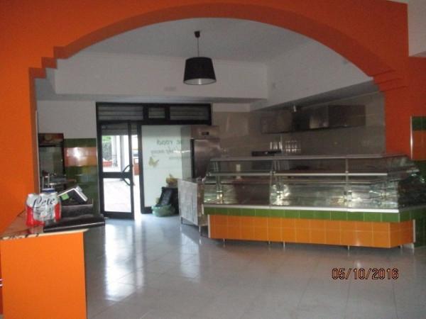 Negozio / Locale in affitto a Montoro, 1 locali, prezzo € 650 | Cambio Casa.it