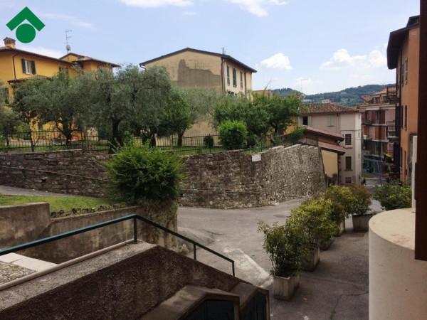 Bilocale Salò Piazza Sergio Bresciani 6