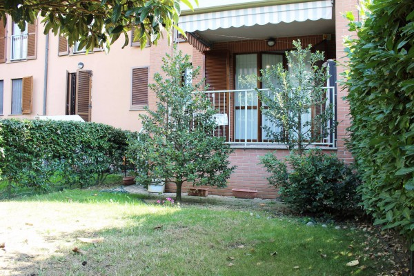 Bilocale Pessano con Bornago Piazza Orsa Maggiore 7