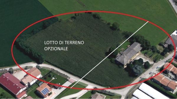Rustico / Casale in Vendita a Quinto di Treviso