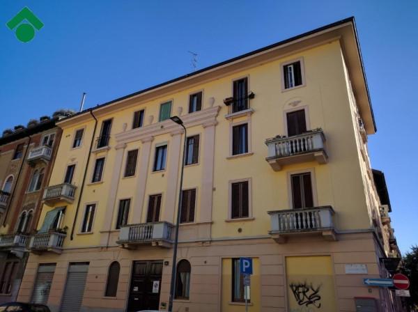 Bilocale Milano Via Giulio Carcano, 14 1