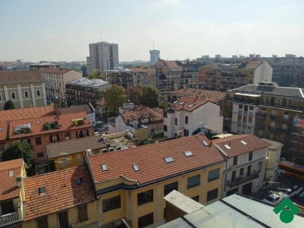 Bilocale Milano Via Privata Minturno 3