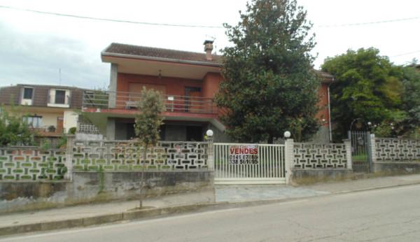 Villa in vendita a San Damiano d'Asti, 5 locali, prezzo € 210.000 | Cambio Casa.it
