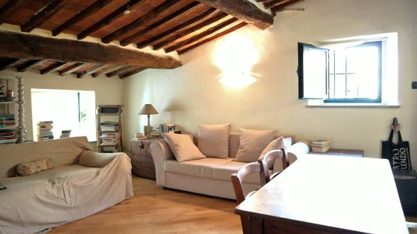 Attico / Mansarda in vendita a Pescia, 2 locali, prezzo € 60.000 | Cambio Casa.it