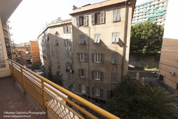 Bilocale Genova Via Nino Ronco 10