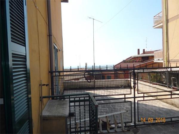 Bilocale Lanuvio Piazza Della Maddalena 10