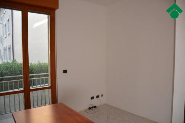 Bilocale Bernareggio Via San Gervaso 3