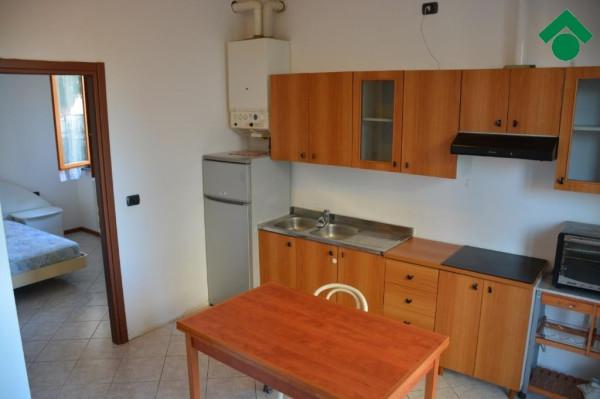 Bilocale Bernareggio Via San Gervaso 7