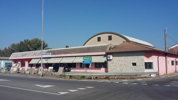 Capannone in vendita a Malagnino, 6 locali, Trattative riservate | Cambio Casa.it
