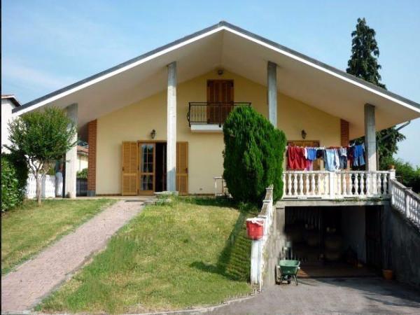 Villa in vendita a Bricherasio, 6 locali, prezzo € 200.000 | Cambio Casa.it