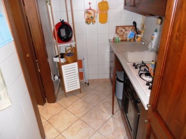 Bilocale Cesano Boscone Via Fratelli Rosselli 5