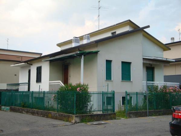 Villa in vendita a Gorgonzola, 2 locali, prezzo € 117.000 | Cambio Casa.it