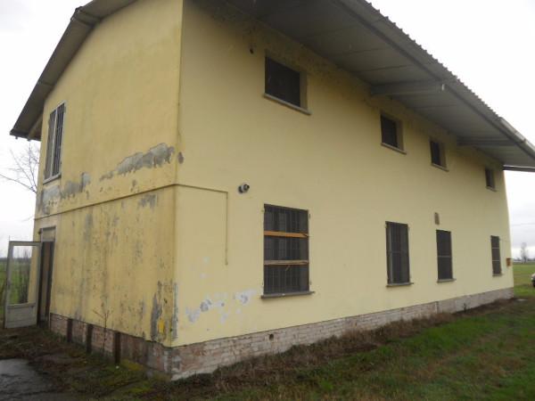 Rustico / Casale in Vendita a Guastalla