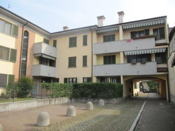 Appartamento in vendita a Vignate, 3 locali, prezzo € 150.000 | Cambio Casa.it