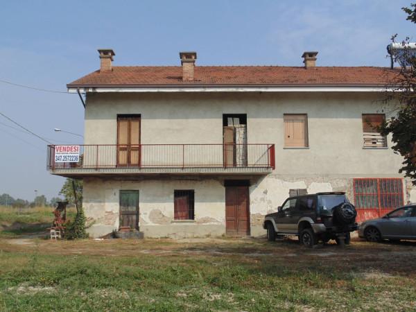 Rustico / Casale in vendita a Castagnole delle Lanze, 6 locali, prezzo € 75.000 | Cambio Casa.it