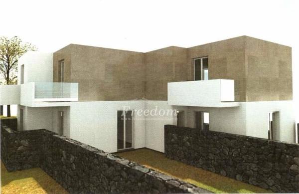 Villa in Vendita a Catania Centro: 3 locali, 85 mq