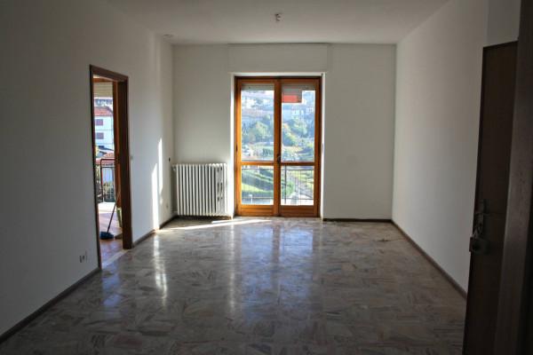 Attico / Mansarda in affitto a Castagnole delle Lanze, 3 locali, prezzo € 420 | Cambio Casa.it