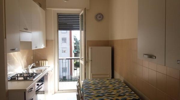 Bilocale Carnate Via Roma 7
