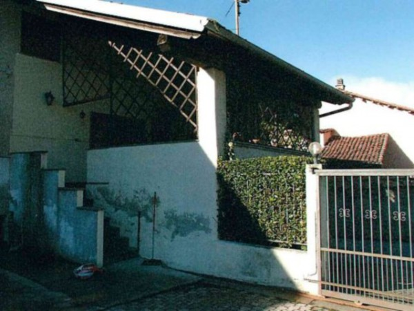 Villa in vendita a Agliè, 6 locali, prezzo € 80.000 | Cambio Casa.it