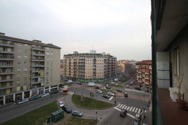 Bilocale Milano Via Filippo Brunelleschi 13