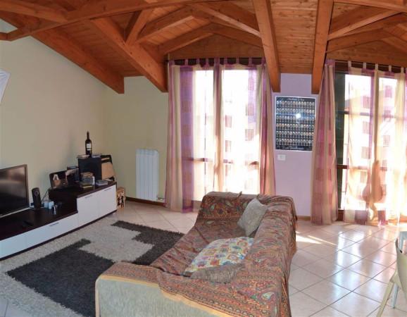 Attico / Mansarda in vendita a Cassano d'Adda, 2 locali, prezzo € 128.000 | Cambio Casa.it