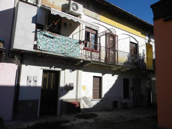 Appartamento in vendita a Besnate, 3 locali, prezzo € 38.000 | Cambio Casa.it