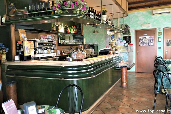 Bar in vendita a Molinella, 1 locali, prezzo € 70.000   Cambio Casa.it