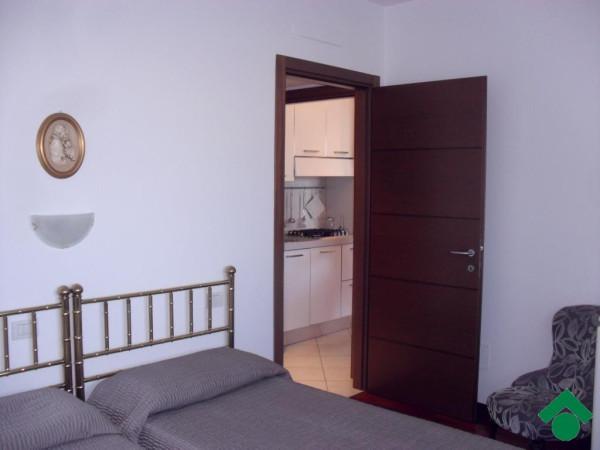Bilocale Sesto San Giovanni Via Pace 11