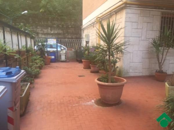 Bilocale Napoli Via Pigna 10