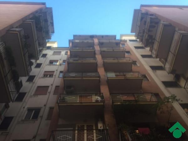 Bilocale Napoli Via Pigna 11