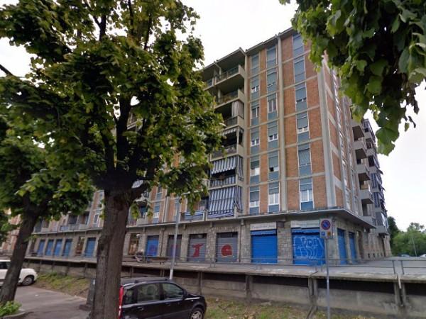 Appartamento in vendita a Moncalieri, 4 locali, prezzo € 77.000 | Cambio Casa.it