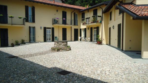 Appartamento in vendita a Santa Maria Hoè, 2 locali, prezzo € 155.000 | Cambio Casa.it