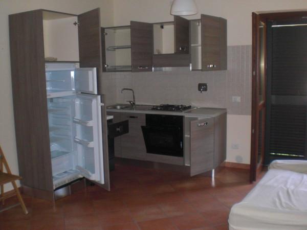 Bilocale Monterotondo Via Achille Grandi 1