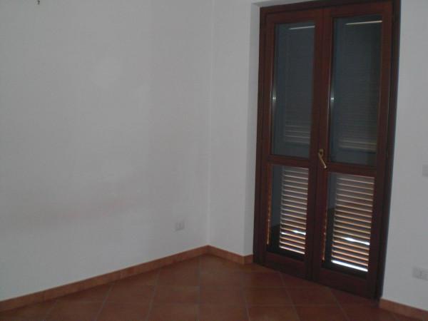 Bilocale Monterotondo Via Achille Grandi 6