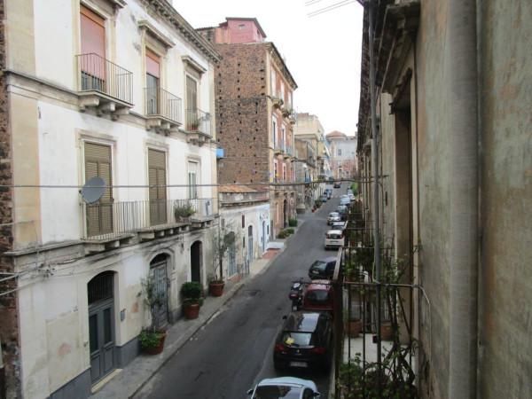 Bilocale Catania Largo Odeon 1