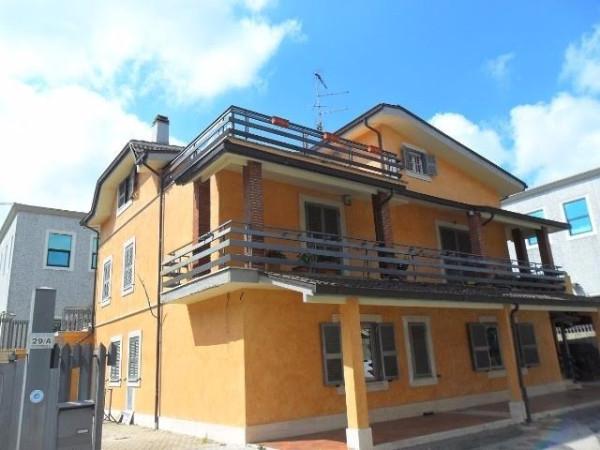Appartamento in vendita a San Cesareo, 3 locali, prezzo € 145.000 | Cambio Casa.it