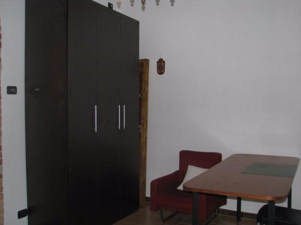 Bilocale Pavia Via Langosco 4