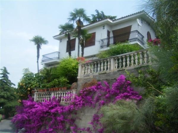 Villa in Vendita a Bordighera Periferia: 5 locali, 380 mq