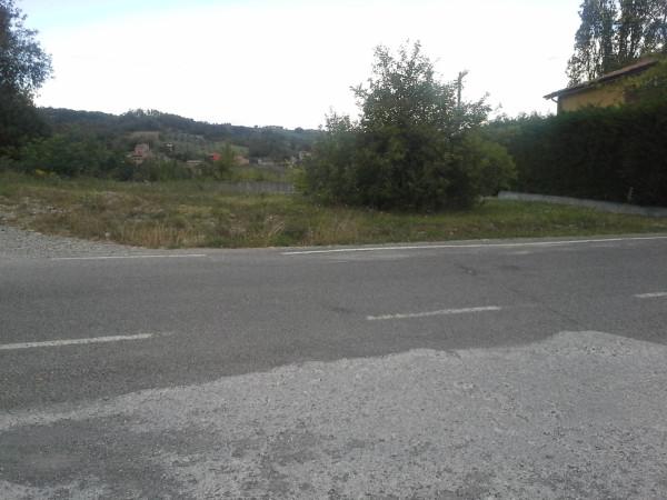 Terreno residenziale in Vendita a Gropparello: 2070 mq