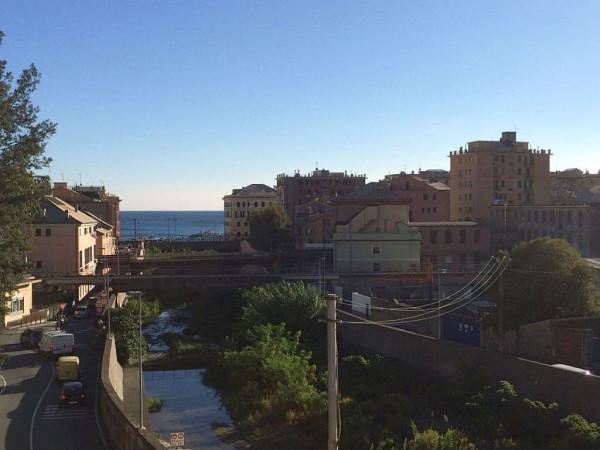 Bilocale Genova Via Lemerle 1