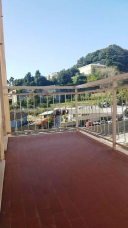 Bilocale Genova Via Lemerle 9