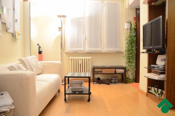 Bilocale Milano Via Mac Mahon, 9 7