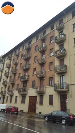 Bilocale Torino Via Antonio Cecchi 10