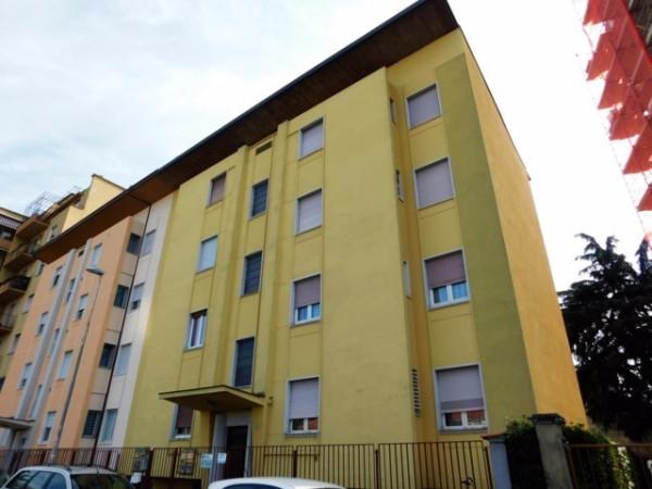 Appartamento in vendita a Gallarate, 3 locali, prezzo € 75.000 | Cambio Casa.it