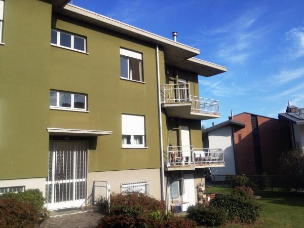 Appartamento in vendita a Ranica, 3 locali, prezzo € 180.000 | Cambio Casa.it