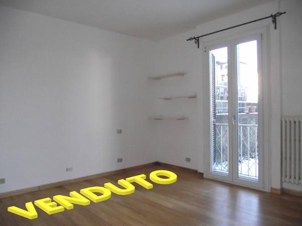Appartamento in vendita a Marchirolo, 3 locali, prezzo € 105.000 | Cambio Casa.it