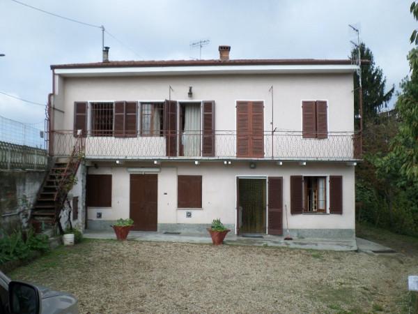 Rustico / Casale in vendita a Santo Stefano Roero, 4 locali, prezzo € 86.000 | Cambio Casa.it