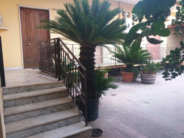 Villa in vendita a Frattamaggiore, 4 locali, prezzo € 245.000 | Cambio Casa.it