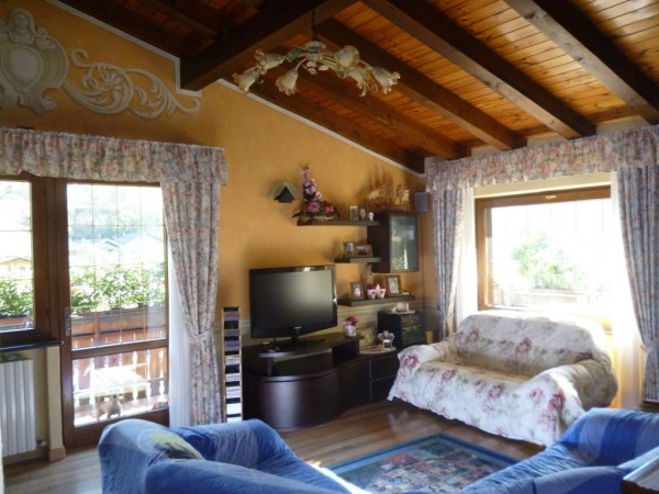 Attico / Mansarda in vendita a Ponte di Legno, 3 locali, prezzo € 350.000 | Cambio Casa.it